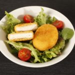 Breaded goat cheese salad